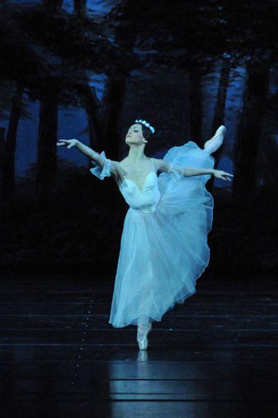 Спектакль «Жизель» в Театре имени К. С. Станиславского и Вл. И. Немировича-Данченко фото 3