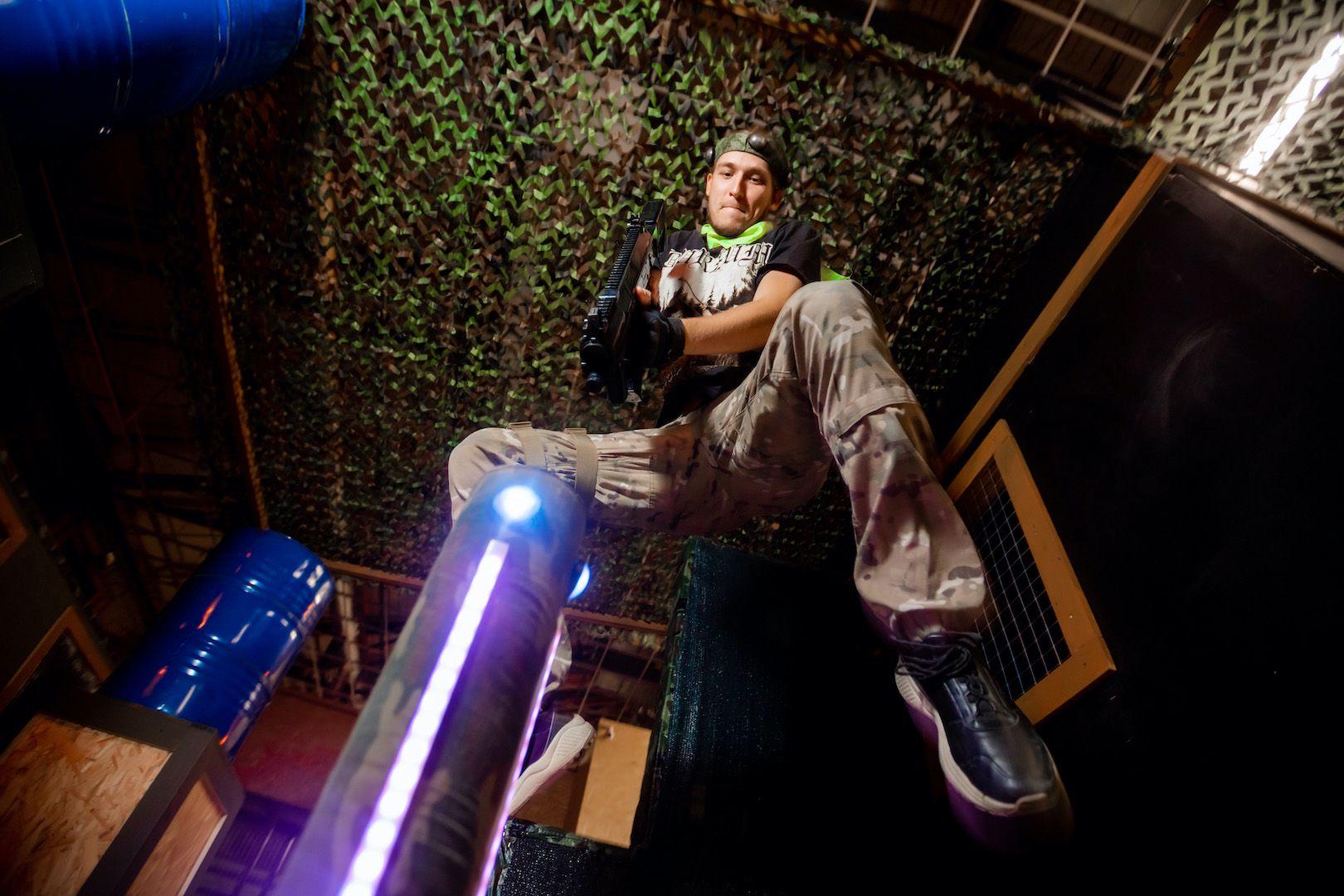 Открытые игры по лазертагу в клубе «Лабиринт» фото 2
