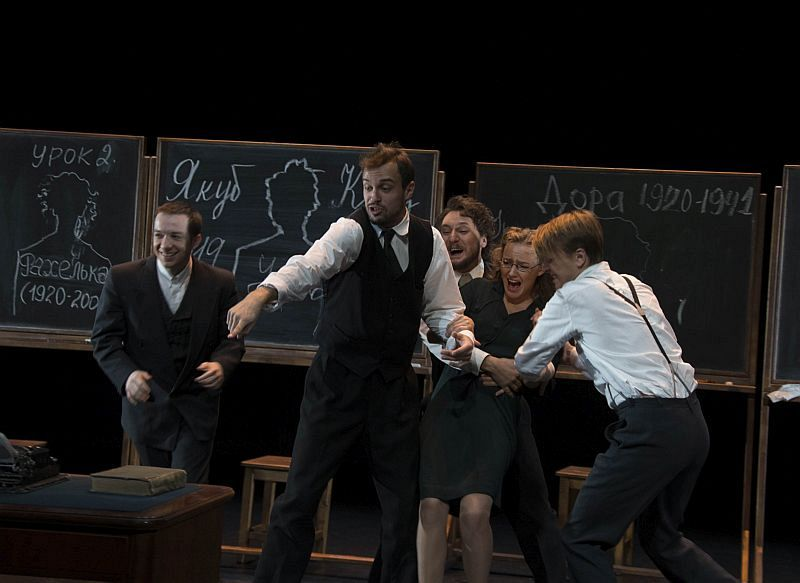 Спектакль «Наш класс» в Театре им. Вахтангова фото 3