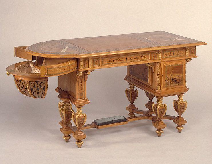 «Художественная мебель конца XVIII – начала XX века» (постоянная экспозиция Эрмитажа)