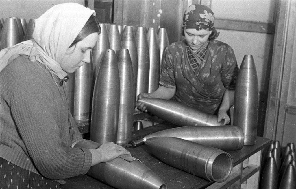 Выставка «Женщины в войне» фото 5