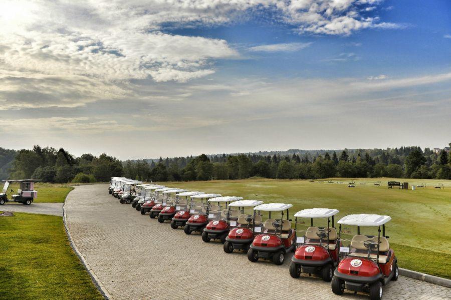 Игра в гольф фото 1