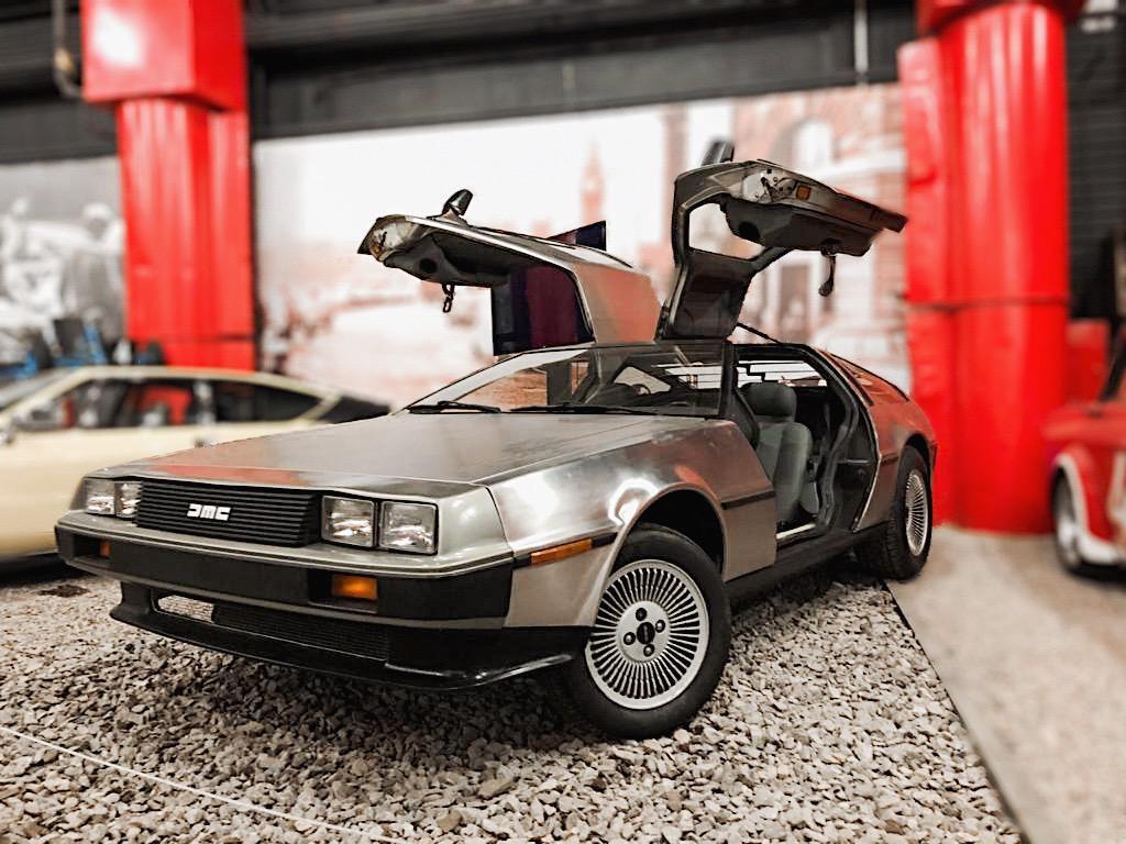 Прототип Делориана из кинофильма «Назад в будущее» в Автомузее «Моторы Октября»