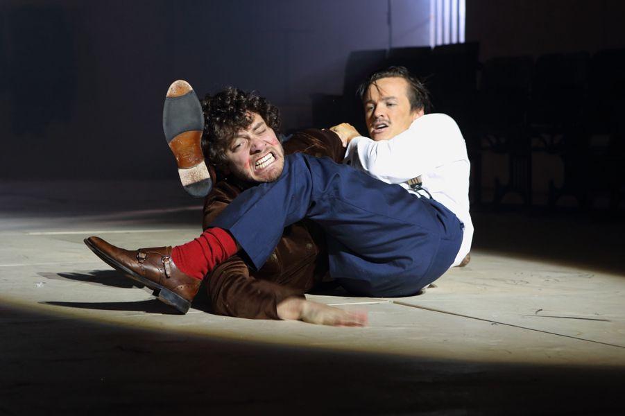 Спектакль «Безприданница» в театре «Школа драматического искусства» фото 7