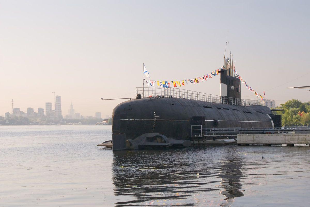 Кинопоказы на продводной лодке Б-396 «Новосибирский комсомолец» фото 1