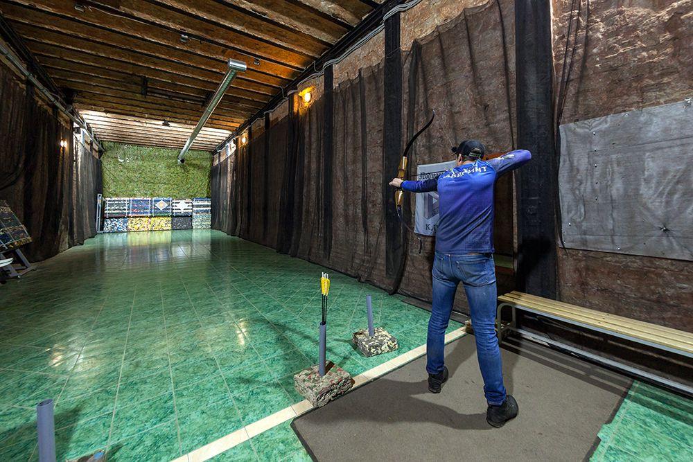 Занятия по стрельбе из лука и арбалета в клубе «Лабиринт» фото 1
