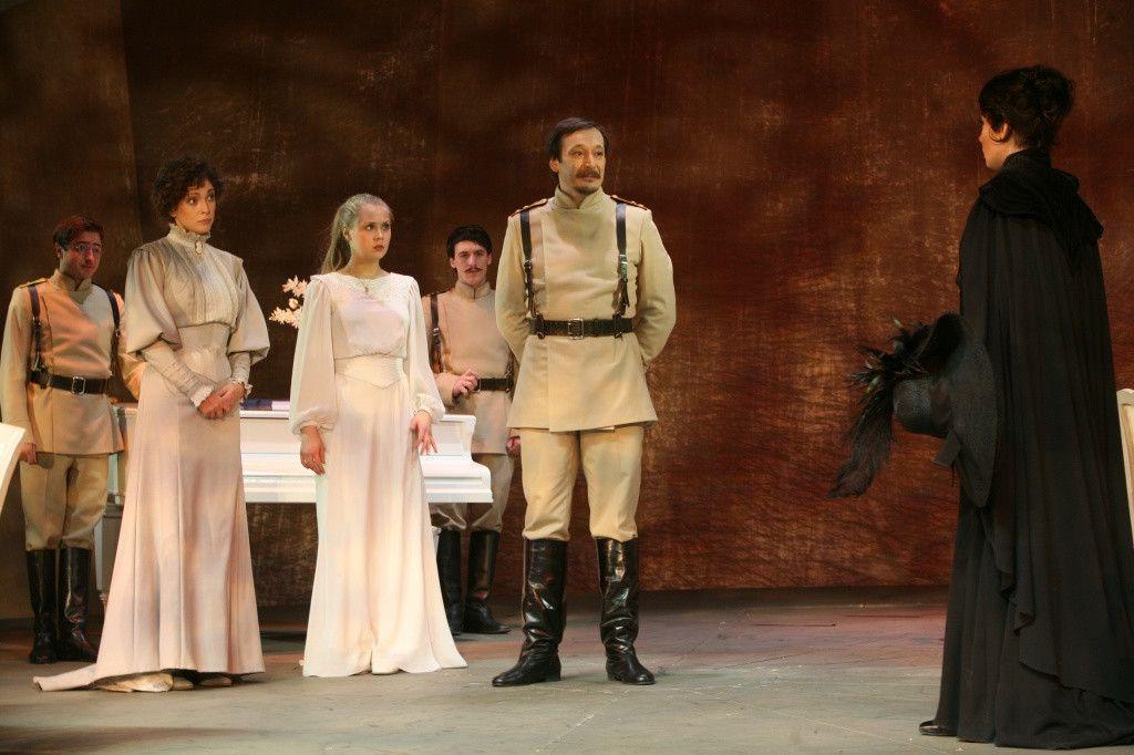 Спектакль «Три сестры» в Театре «Современник» фото 4