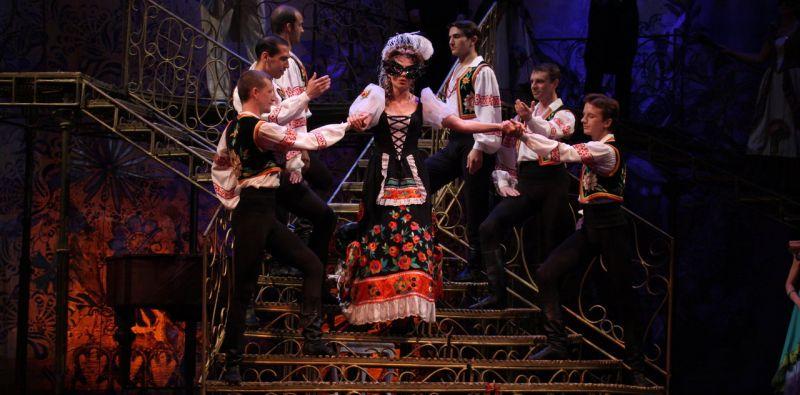 Спектакль «Летучая мышь» в Театре «Московская оперетта» фото 2