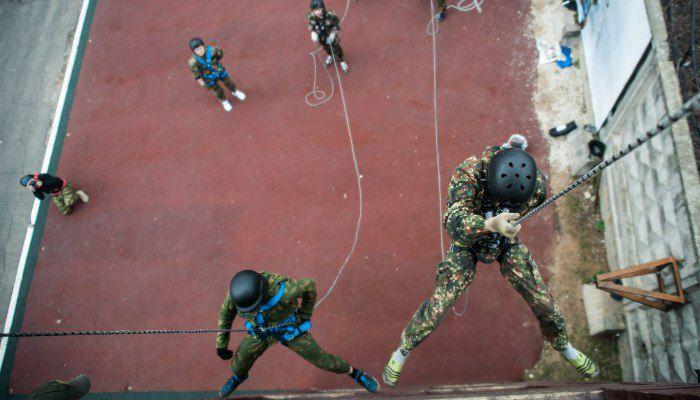 Тренинг-курс «Один день в спецназе» фото 3