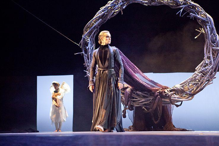 Спектакль «Демон» в Театре им. Ермоловой фото 3