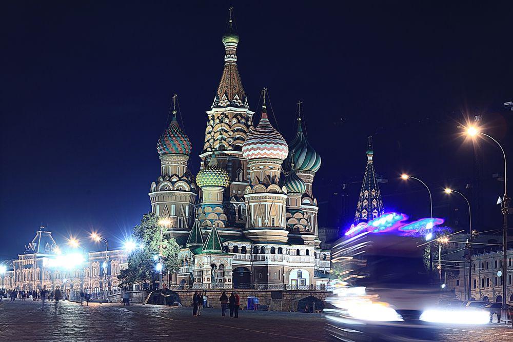 Автобусная экскурсия «Огни ночной Москвы» фото 4