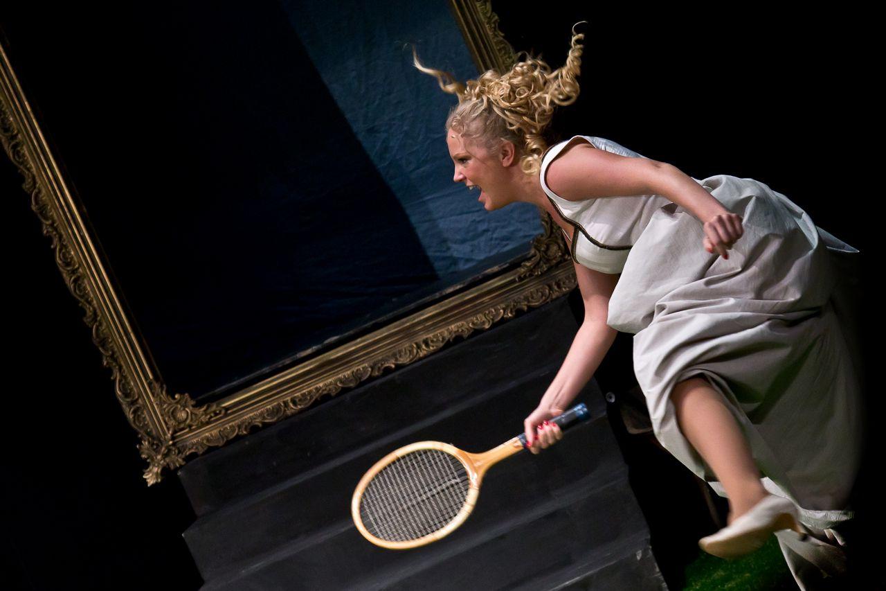 Спектакль «Стакан воды» в постановке Театра «Эрмитаж» фото 9