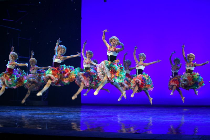 Спектакль «Grand канкан» в Театре «Московская оперетта» фото 1