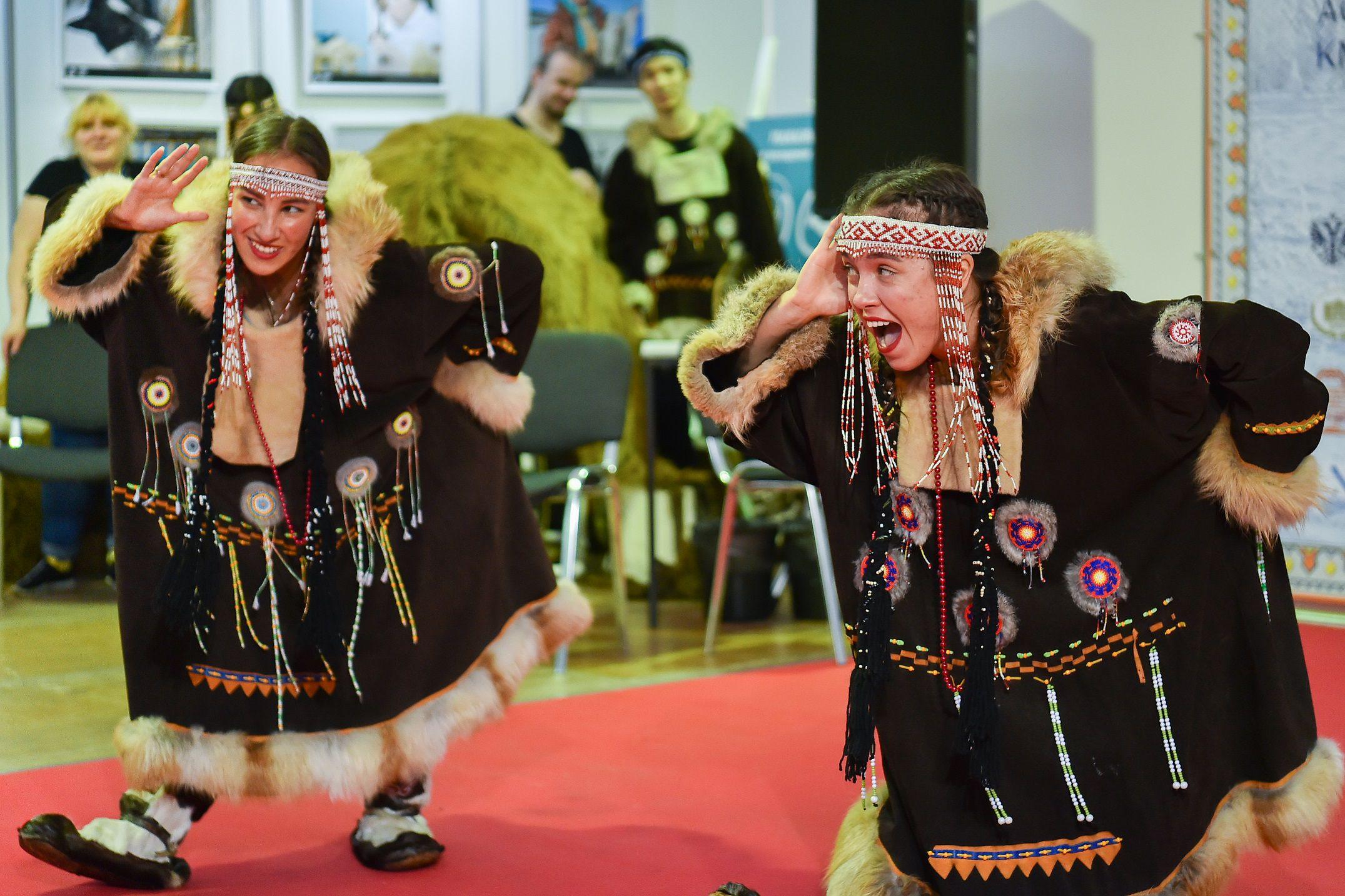 Выставка-ярмарка «Сокровища Севера. Мастера и художники России 2021» фото 9