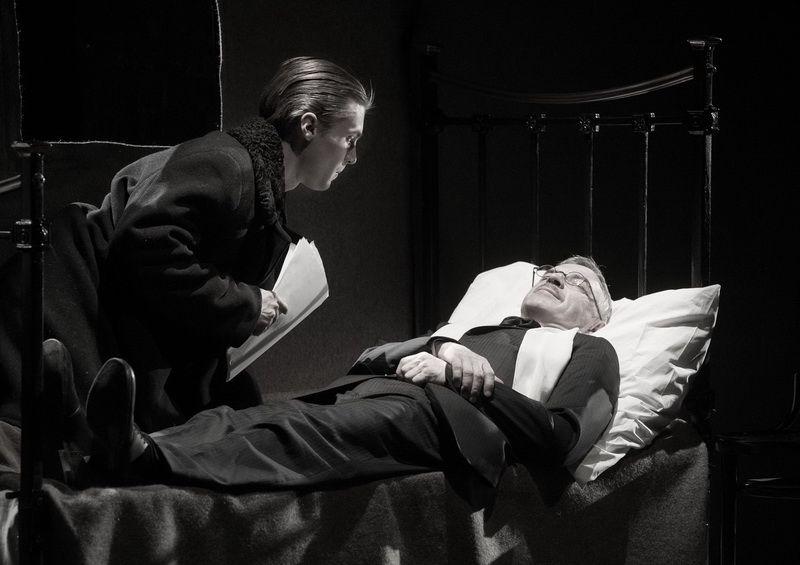 Спектакль «Записки покойника» в Студии театрального искусства фото 2