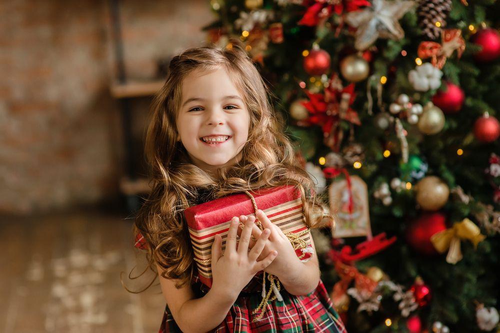Обязательный элемент в новогоднем подарке для ребенка