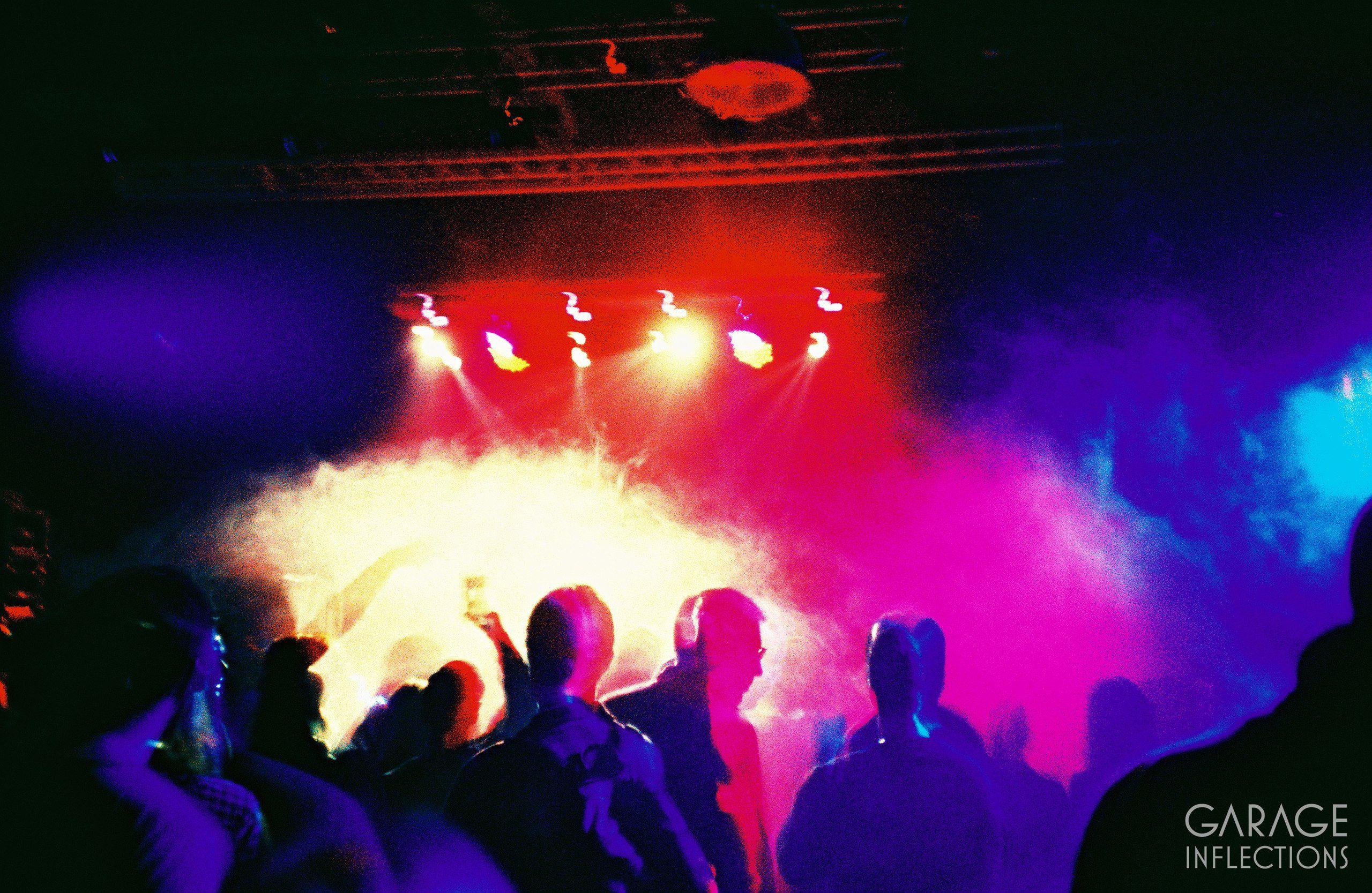 Новогодняя ночь в клубах санкт петербурга, синди доллар с тремя