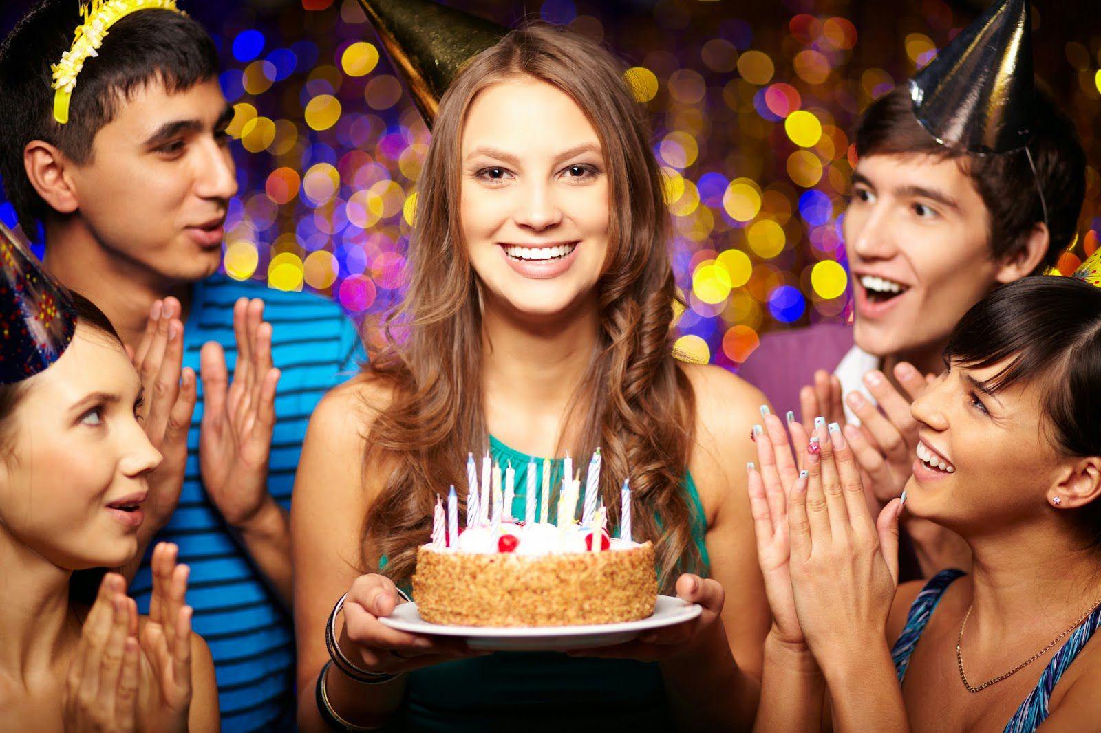прочим, как отметить день рождения с подругами облегающее тело белье
