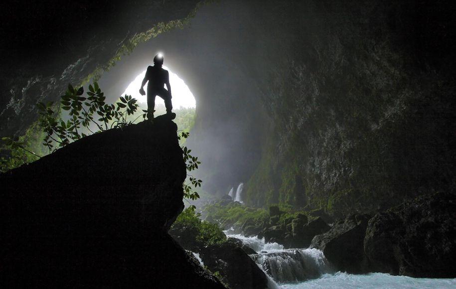 گزارشی از چهاردهمین جلسه کارگروه غارشناسی کشور