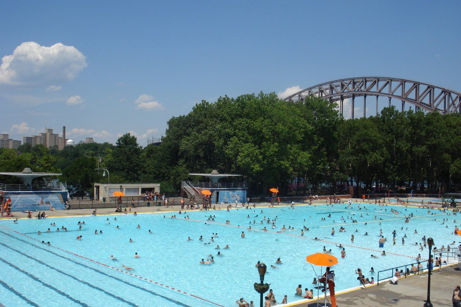 Free Outdoor Pools In Nyc In New York