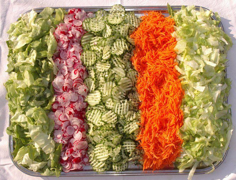 как украсить готовый салат сверху фото