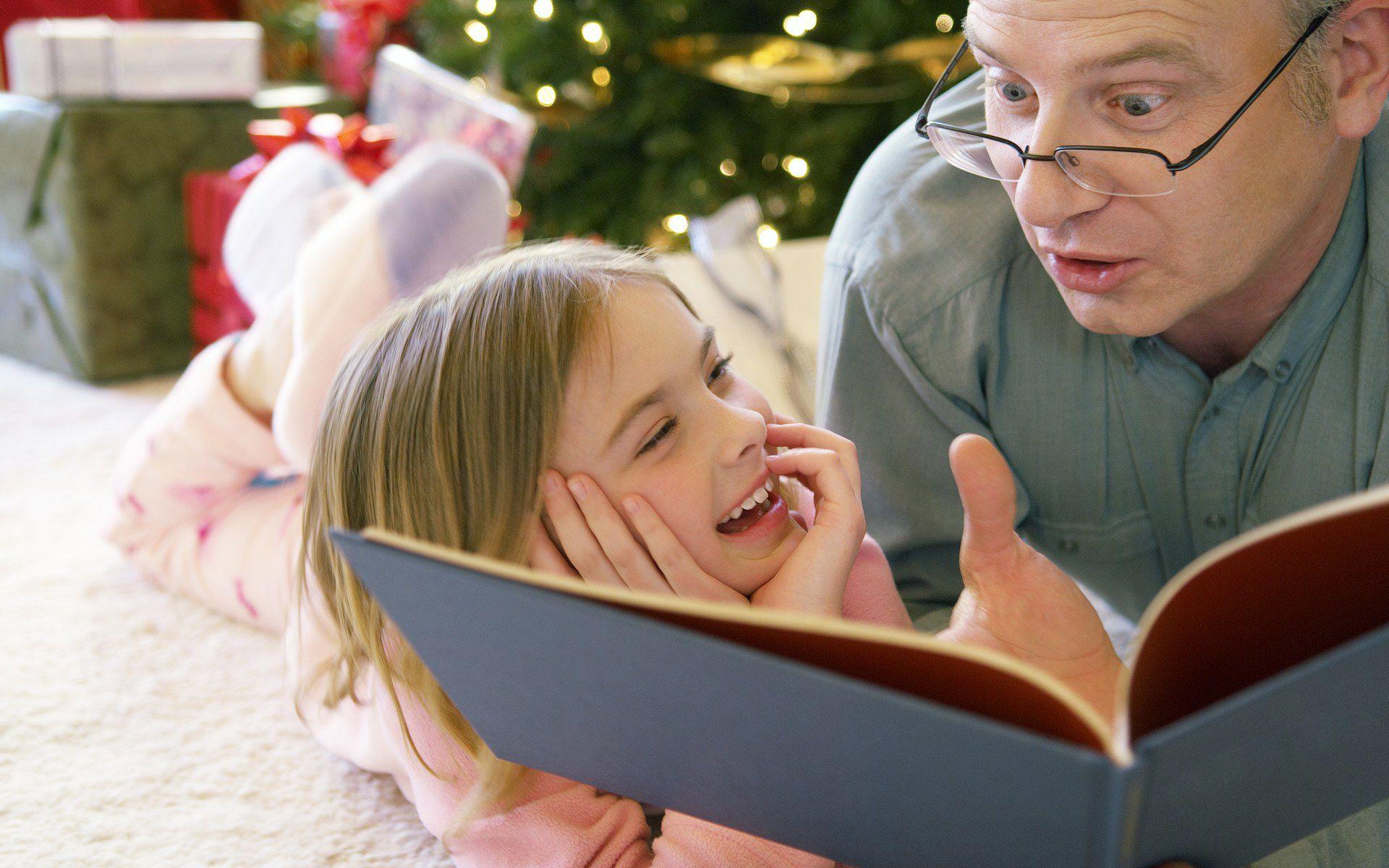 Картинки дети читают книги с родителями