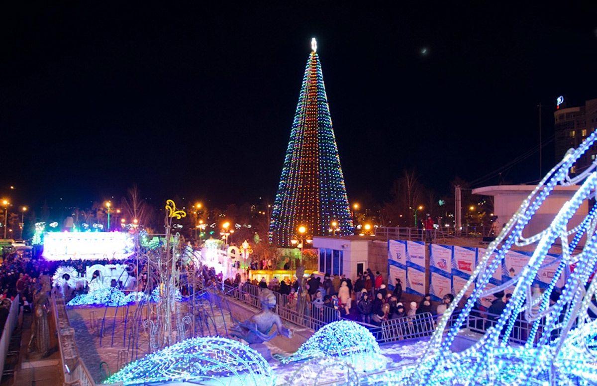 как работает сбербанк в новогодние праздники в красноярске на красной площади