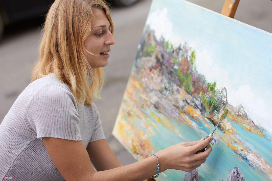 картинки художники рисуют прически средние волосы