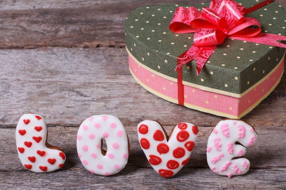 Подарок девушке на день всех влюбленных своими руками