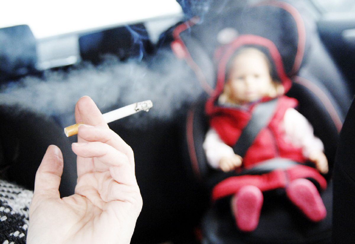 an introduction to the issue of children smoking Everyday 3,000 children start smoking the tobacco wars are a serious issue 2001 introduction smoking is a great concern in our society.