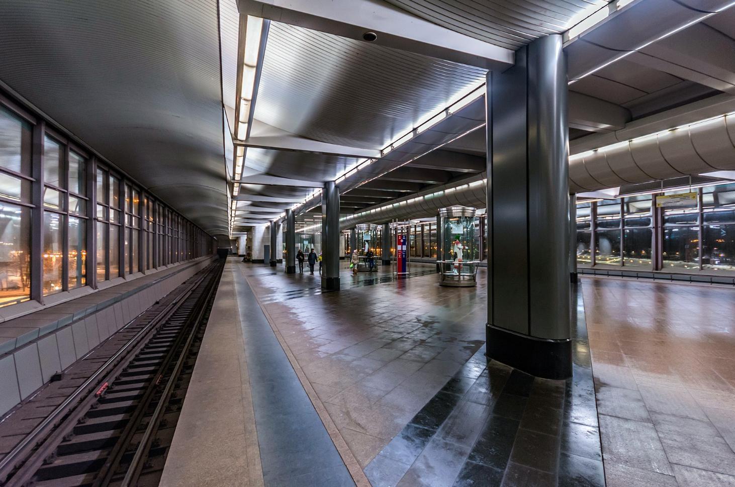 гей знакомства по станциям метро
