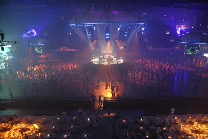 Концерты в скк и цены на билет купит билет в театры москвы