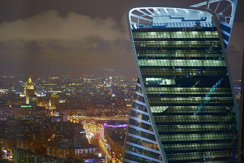 Картинки по запросу Смотровая площадка «Студия 54» в башне «Федерация Запад» ММДЦ «Москва-Сити»