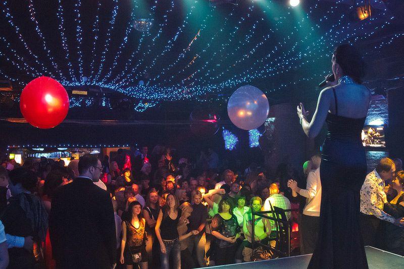 Клуб в москве по выходным адреса всех клубов знакомств в москве