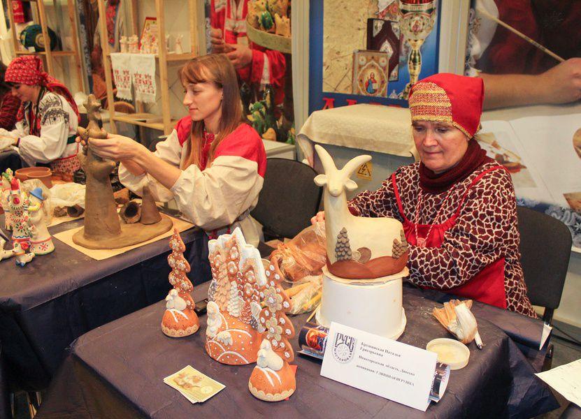 Выставка народных промыслов России «Ладья. Зимняя сказка»
