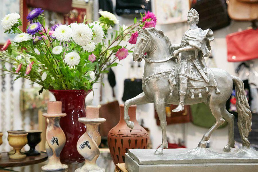 Выставка-ярмарка «Блошиный рынок» на Тишинке
