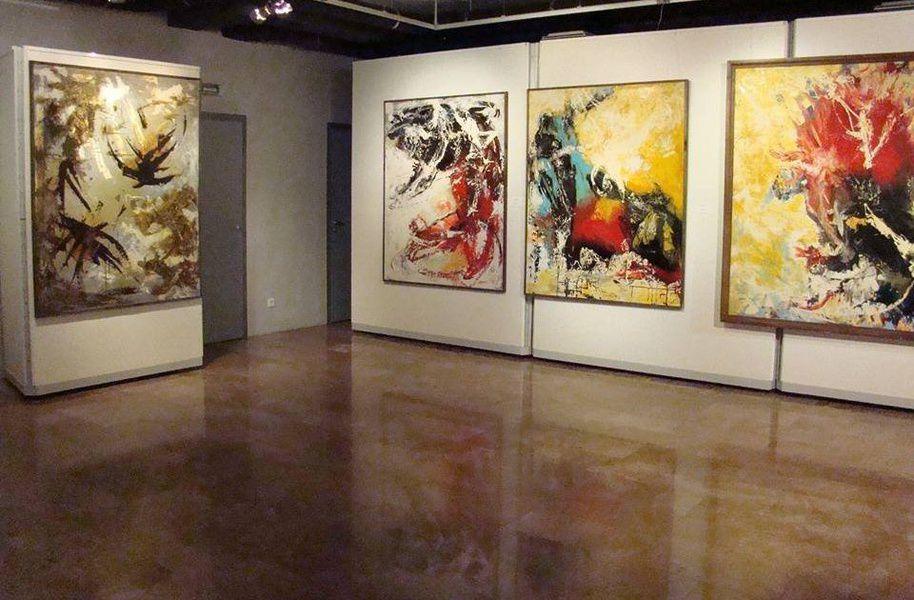 Выставка «Власть цвета»