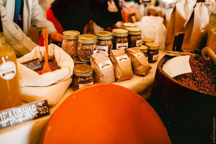 IV Крестьянская выставка-ярмарка натуральных продуктов и ремёсел в Слободе Германа Стерлигова