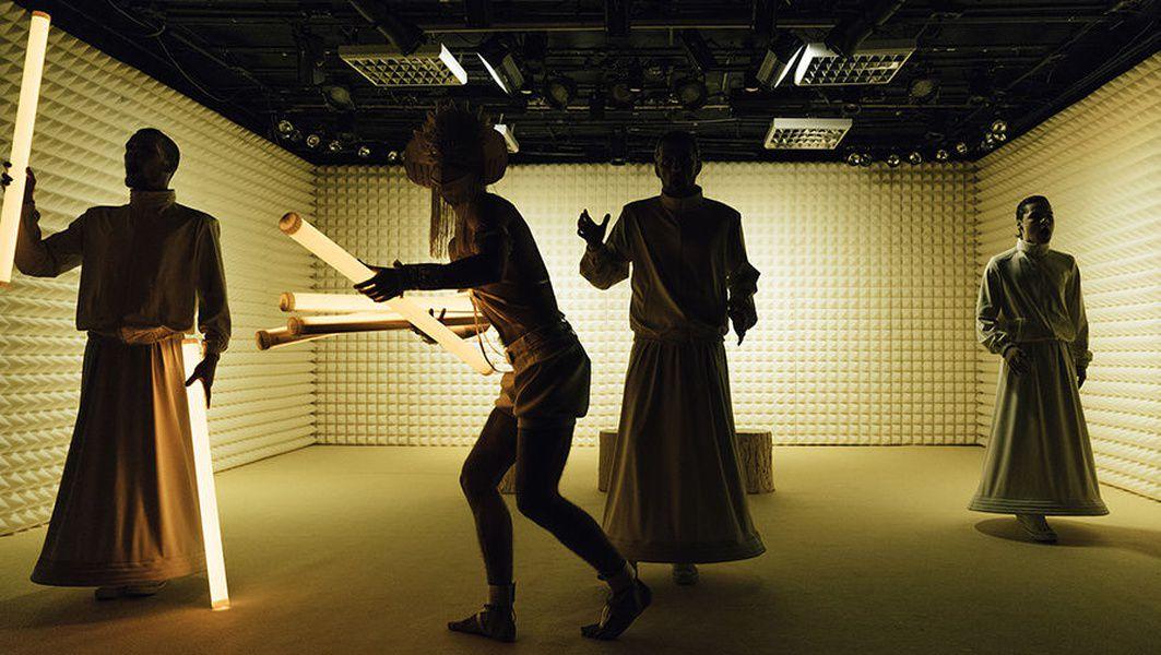 Спектакль «Чапаев и Пустота» в Театре «Практика»