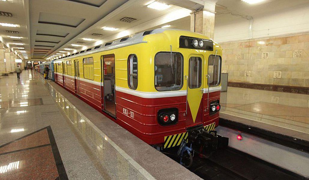 Выставка ретро-вагонов и хозяйственных поездов