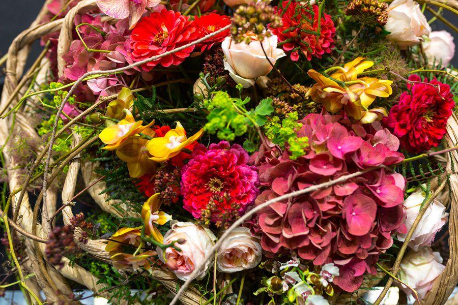 Выставка «Цветы / Flowers»