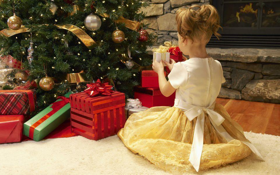 Выставка-продажа «Новогодний подарок»
