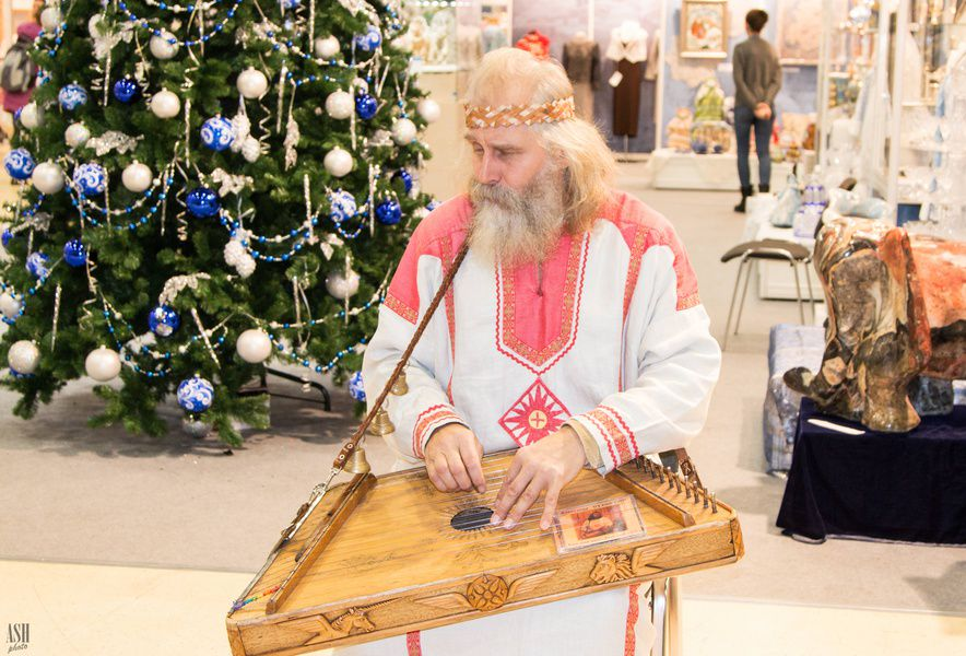 Выставка-ярмарка народных художественных промыслов России «Ладья. Зимняя сказка 2016»