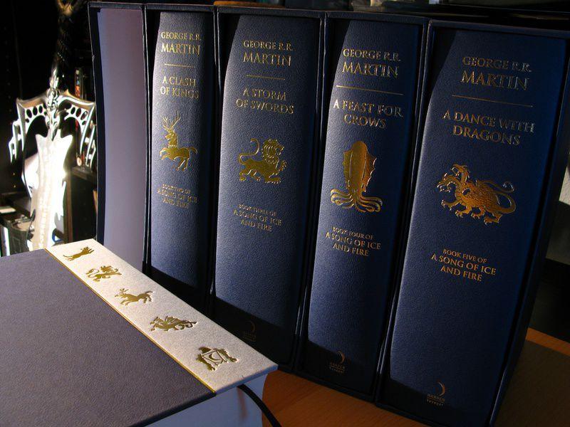 Нейросеть написала шестую книгу саги «Песнь льда ипламени»