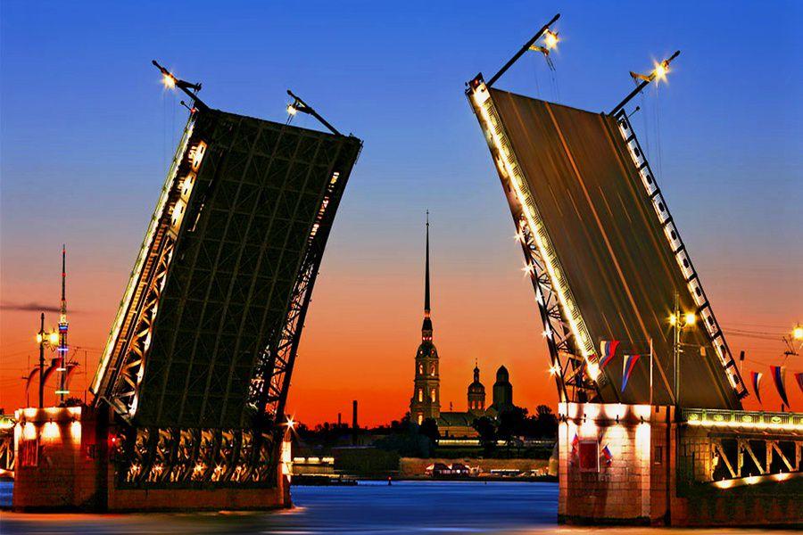 Мосты в Петербурге будут разводить под звуки классической музыки