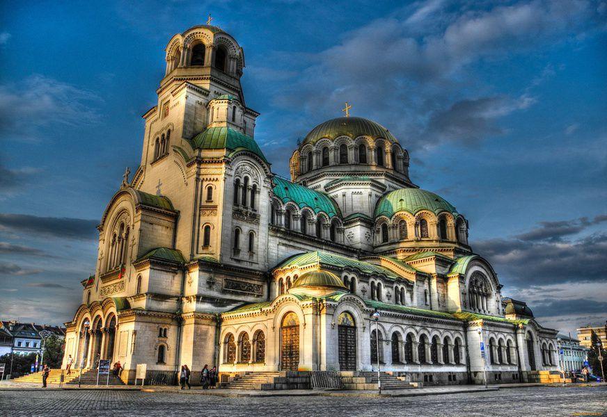 Киев включили вТОП-10 доступных городов для туристов
