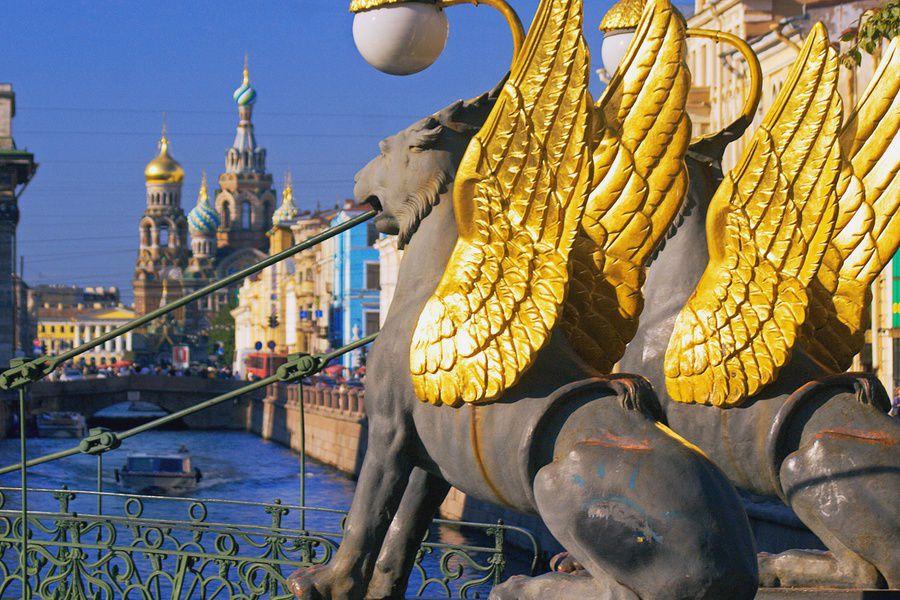 Грифонов сБанковского моста отправят нареставрацию