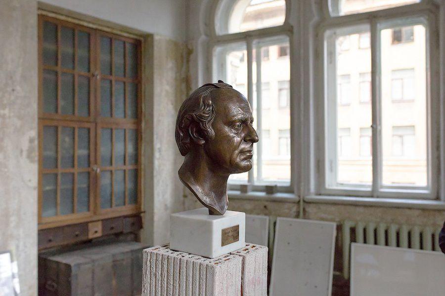 Вмузее Бродского прочтут лекции политературе